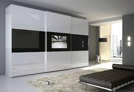 Televisore nell 39 armadio centropro - Porta televisore ikea ...